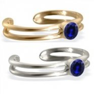 14K gold toe ring with single Sapphire gem