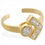 14K Yellow Gold Toe Ring With Round CZ And Jeweled V